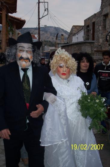 Σιδηρούντα, 2007. Σύγχρονη παρωδία γάμου. Φωτογραφία: Ν. Κοντού