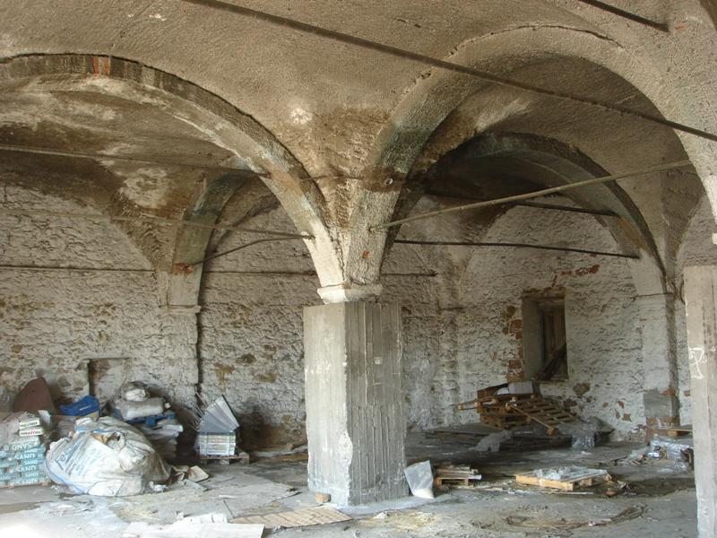 Οικία Καρδασιλάρη, τα σταυροθόλια του ισογείου