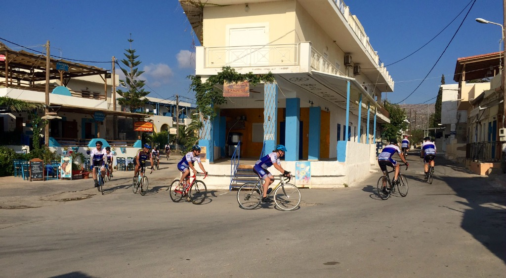 Οι ποδηλάτες στο Εμποριό