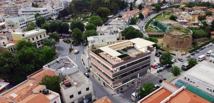 Κτίριο Λάδης:  Όλα μέσα αλλάζουνε και έξω τα ίδια μένουν